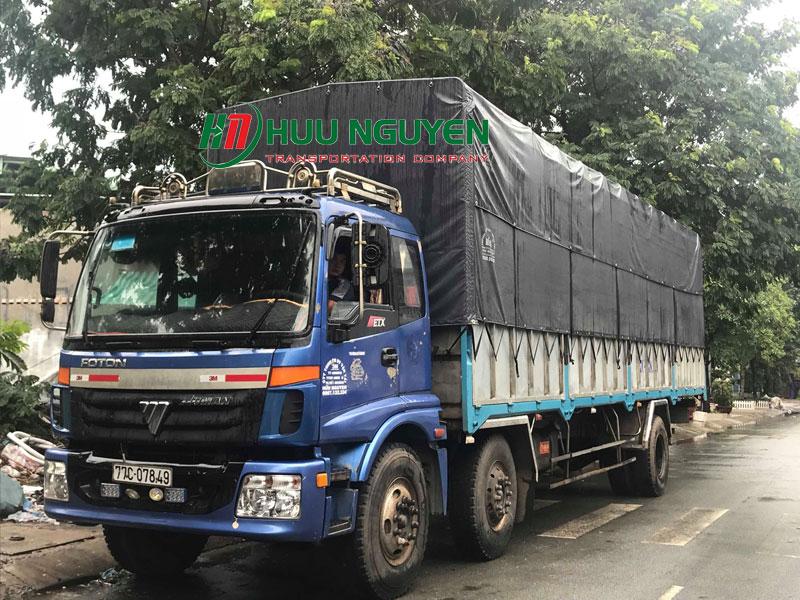 Cho thuê xe tải 10 tấn chở hàng giá rẻ tại TPHCM.